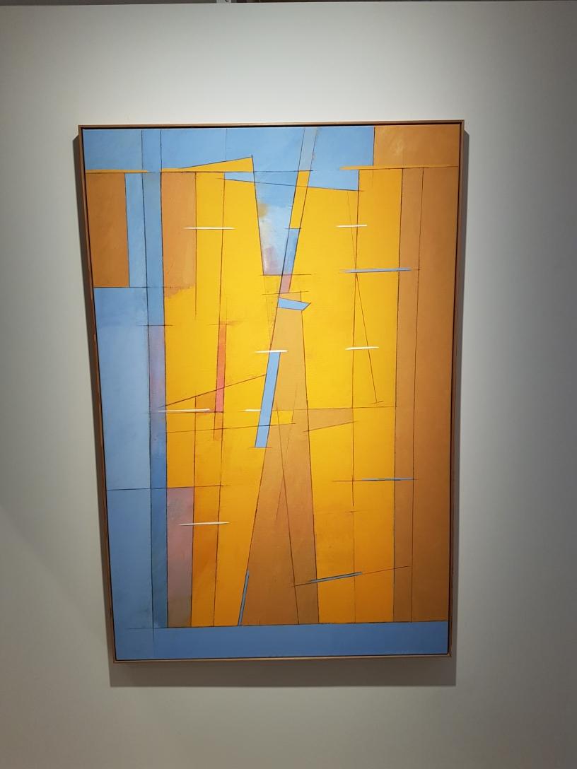 Neapelt gult mot solgult og blått, 2005. Olje og tempera på lerret. Irma Salo Jæger. Foto fra utstillingen: Siri Wolland