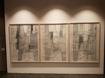 Vindfullt, men stabilt vær, 2016. Collage, triptych. Foto fra utstillingen: Siri Wolland