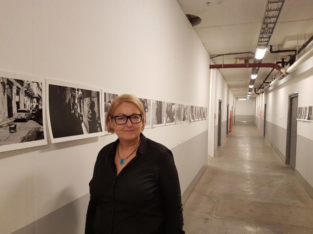 Kunstner og fotograf Birgit Holtermann fra utstillingen på Atelier Vøyenenga. Foto: Siri Wolland