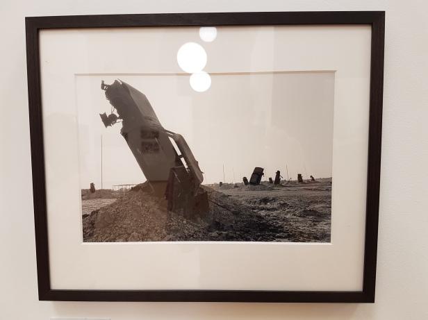 "Fotofestivalen i Arles. ""Iran: Year 38"". Fotograf; Bahman Jalali. Iran and Iraq war, 1980-1988. Foto fra utstillingen: Siri Wolland."