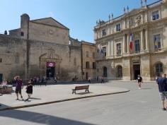Fotofestivalen i Arles, og byen Arles. Foto: Siri Wolland.
