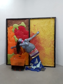 Ryan Trecartin/Lizzy Fitch, She had it made (2007) Canada). Foto fra utstillingen: Siri Wolland
