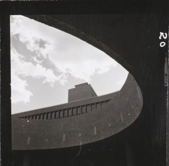 Foto Bjørn Winsnes, Y-blokka i Regjeringskvartalet, 1969. Arkitekt: Erling Viksjø. Pressefoto fra Nasjonalmuseet - Arkitektur.