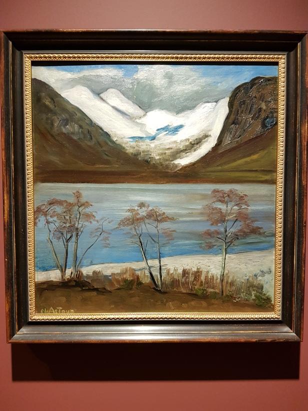 Trær og snøfjell. Nikolai Astrup. Foto fra utstillingen: Siri Wolland.