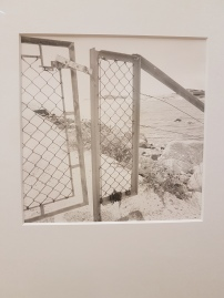 Dag Alveng, Stengt port, Hvasser, 2012. Foto fra utstillingen: Siri Wolland