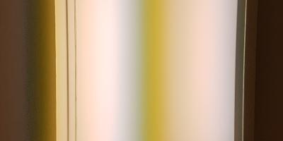 """Mary Corse, """"Untitled (Space + Electric Light), 1968, fra utstillingen A Survey in Light, Whitney Museum, New York. Foto fra utstillingen: Siri Wolland."""