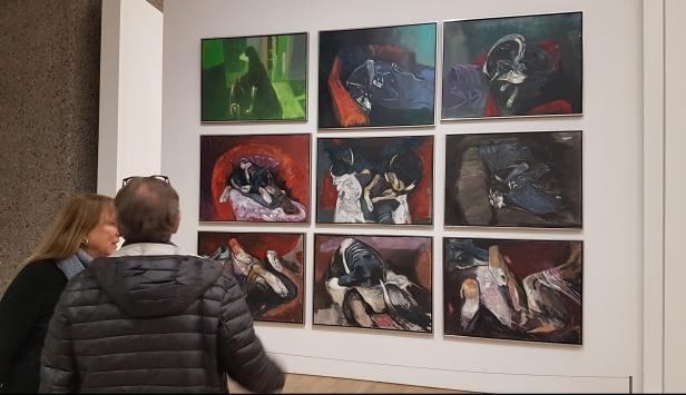Håkon Bleken, Fragmenter av en hunds bevegelser I-IX, 2010-2018. Foto fra utstillingen; Siri Wolland