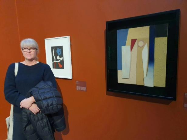 Bloggeren på utstillingen. Foto Tom Blomberg.