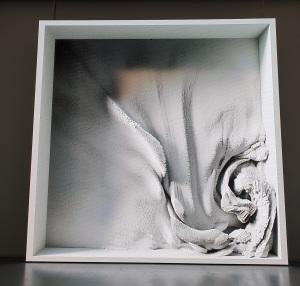 Re.Memory av Refik Anadol og Sougwen Chung, 2020. Fra Sørlandets kunstmuseum. Foto fra utstillingen Siri Wolland.